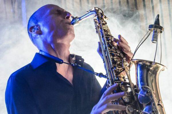 coverband bruiloft saxofoon saxofonist