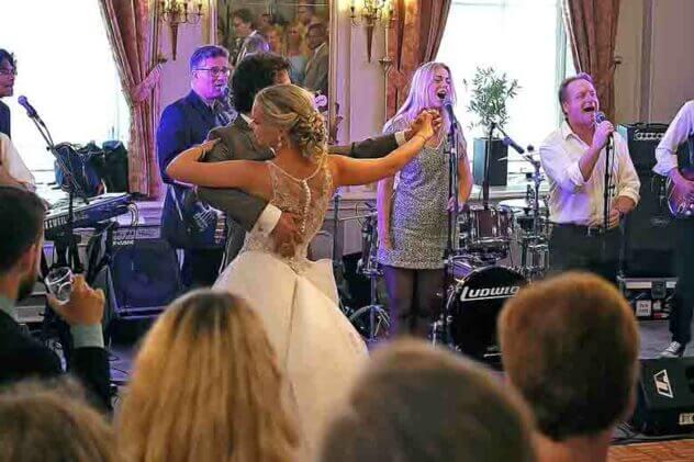 band bruiloft legend